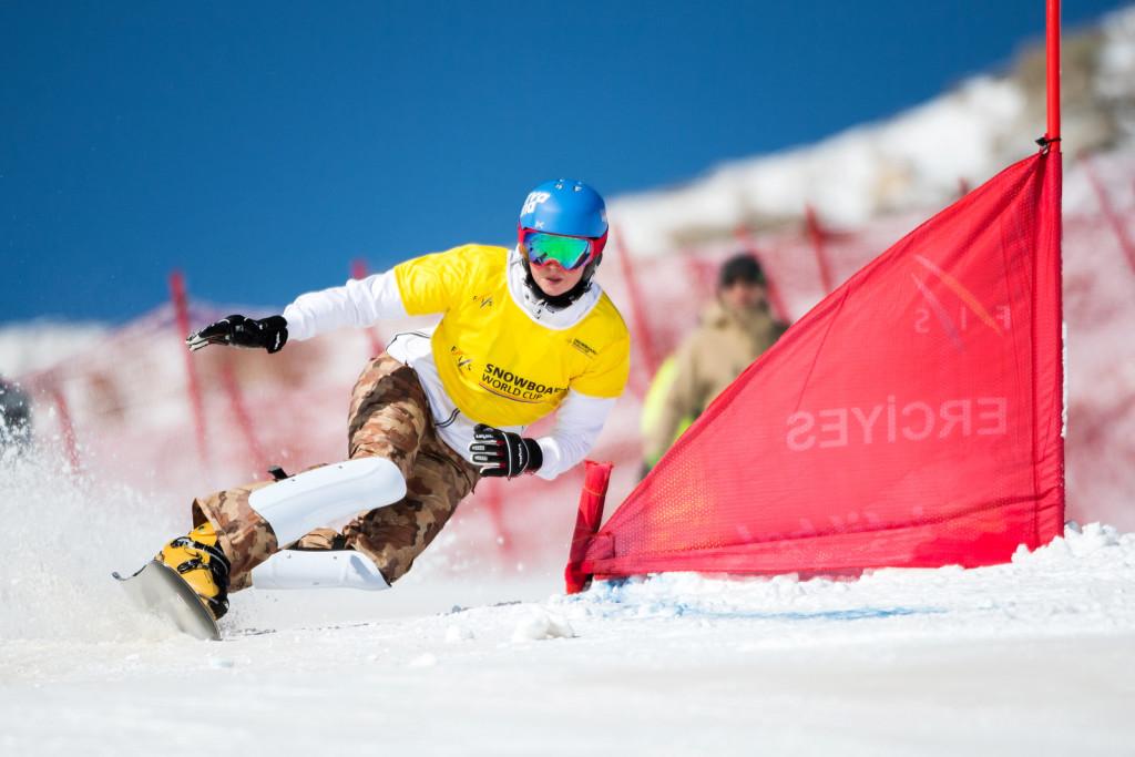 FIS Snowboard World Cup - Kayseri TUR - PGS - ZAVARZINA Alena RUS © Miha Matavz/FIS
