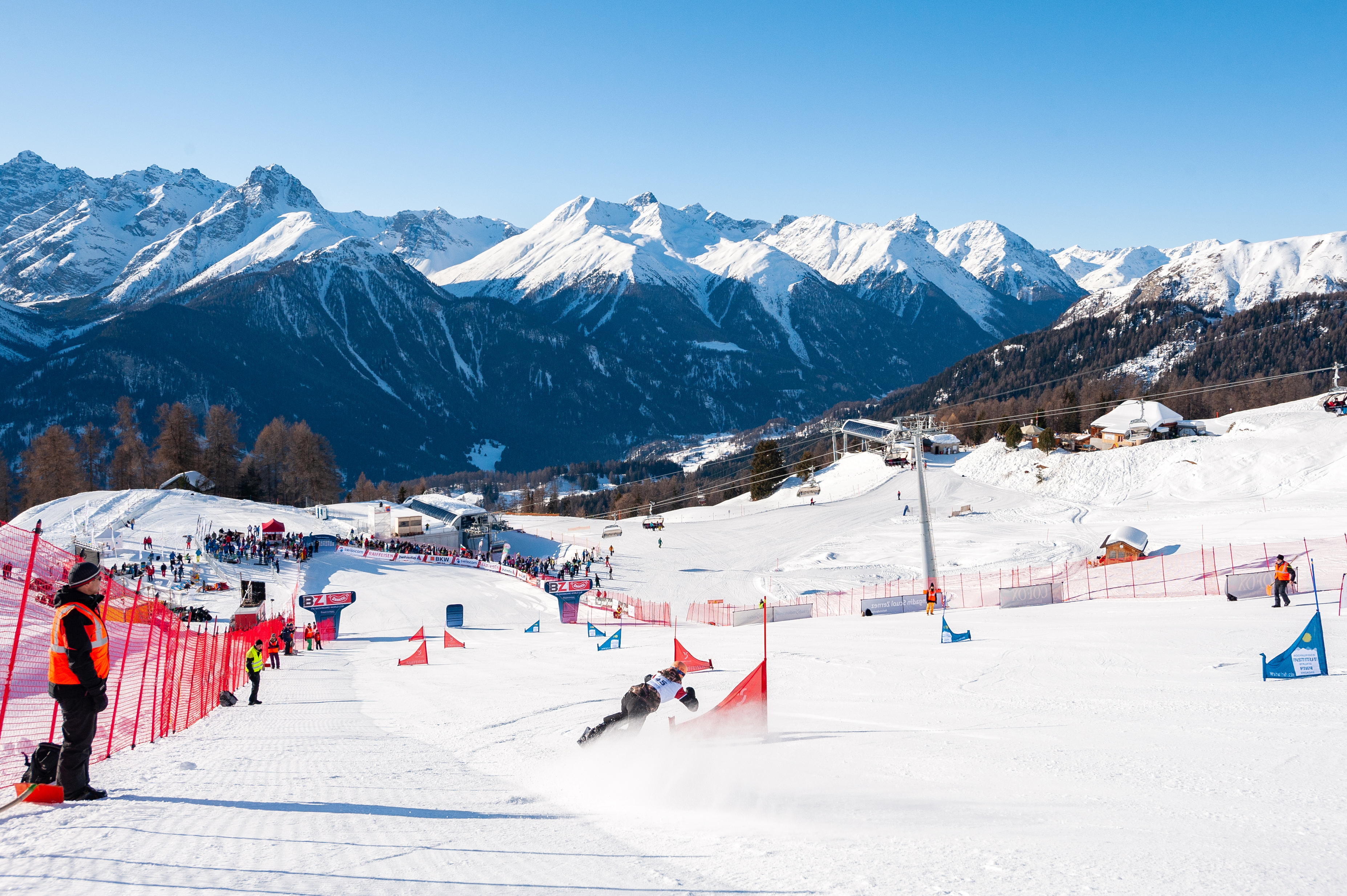 FIS Snowboard World Cup - Scuol SUI - PGS - Overview © Miha Matavz/FIS